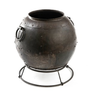 Iron Planter Couldron Pot